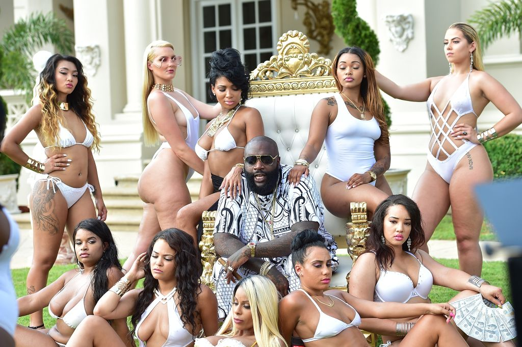 MMG Weekend's The #BIGGEST Pool Party