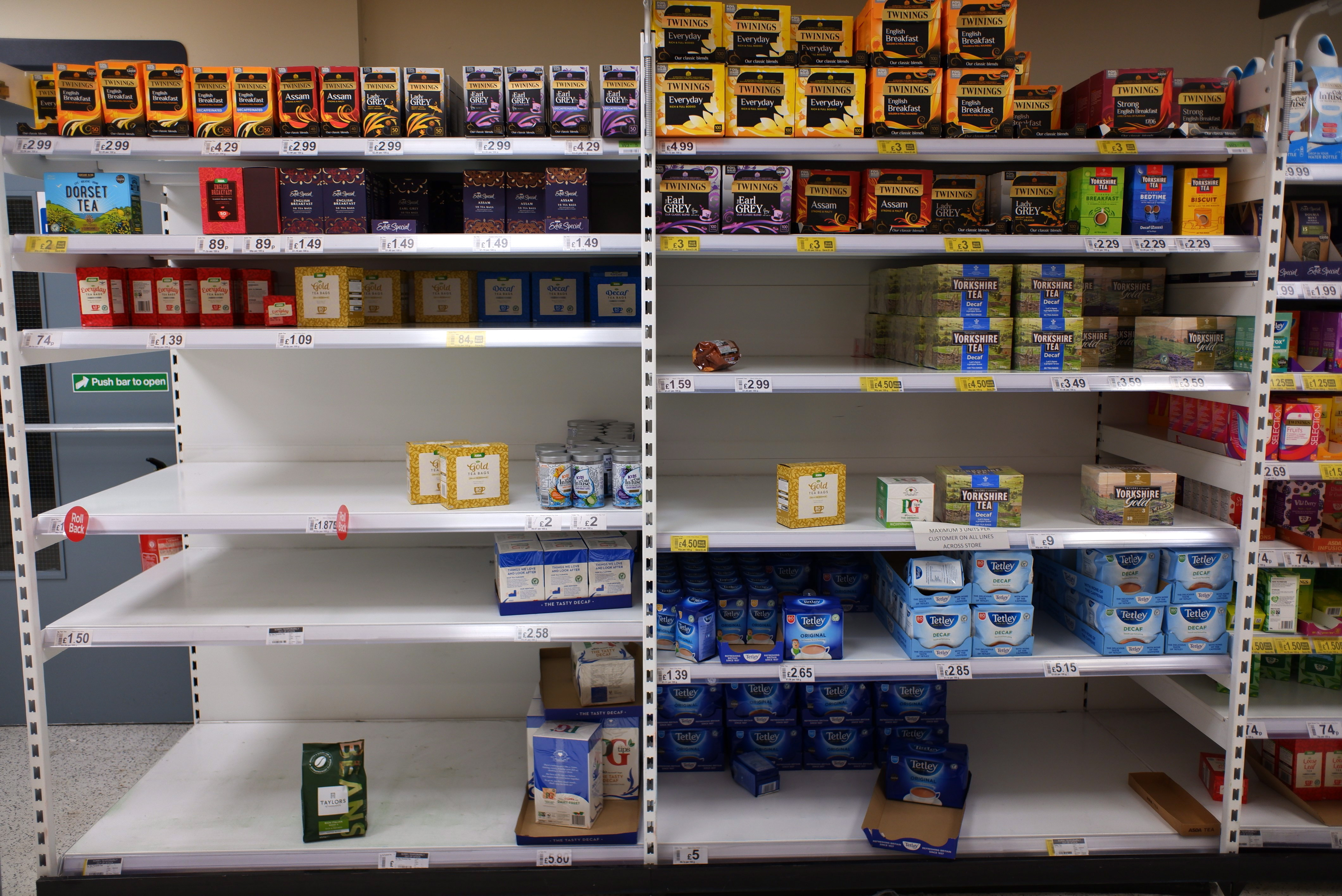 Supermarkets are taking measures to control panic buying