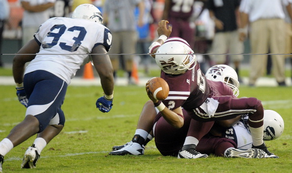 Howard University defeats Morehouse College 30 - 27 in the AT&T Nation's Football Clossic