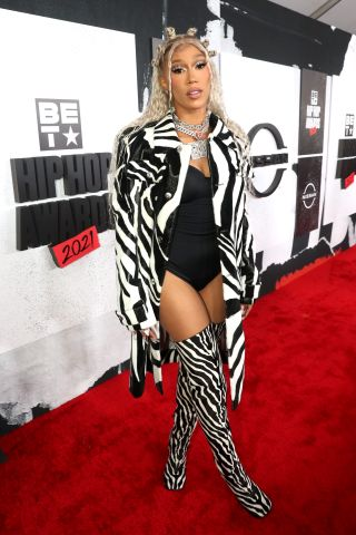 ATLANTA, GEORGIA - OCTOBER 01: BIA attends the 2021 BET Hip Hop Awards at Cobb Energy Performing Arts Center on October 01, 2021 in Atlanta, Georgia. (Photo by Johnny Nunez/2021 BET Hip Hop Awards/Getty Images for BET)